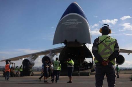 Brasil busca rota de voo que não passe pelo solo dos EUA