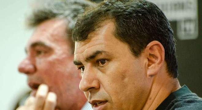 Andrés tentou repassar a culpa pelos gastos nas contratações a Carille