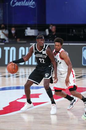 Caris LeVert (Brooklyn Nets)  8,5 - Jogando como um verdadeiro armador, LeVert obteve 15 pontos, 15 assistências e sete rebotes. Cometeu cinco erros de ataque, no entanto e não acertou nenhuma cesta de três
