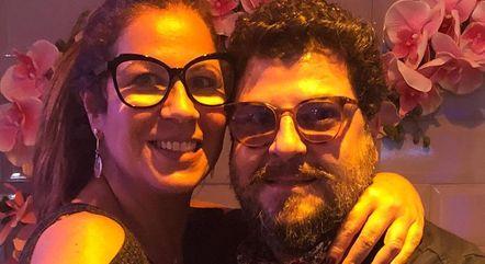 Carla Daniel ao lado do namorado, Sérgio Stamille