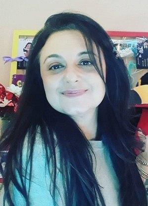 Carla Fioroni, atriz e apresentadora