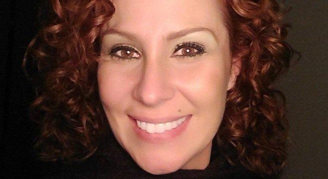 Carla Zambelli militou no Movimento nas Ruas; ela gravou vídeo com Olavo em defesa da liberação da posse de armas