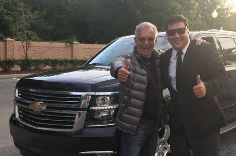 Carlos Alberto recebeu ajuda de um brasileiro durante lua de mel