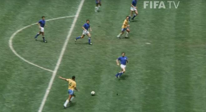 Carlos Alberto arremata, Brasil 4 X 1 Itália