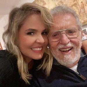 Carlos Alberto e sua mulher, a médica Renata Domingues