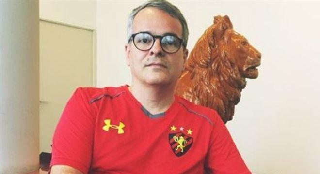 Carlos Frederico afirmou que após conversa com o presidente Milton Bivar e outros dirigentes, o melhor é permanecer na gestão