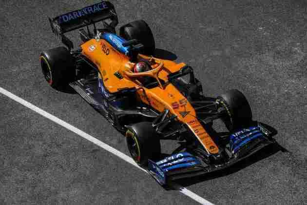 Carlos Sainz entrou no Q3 e larga em nono
