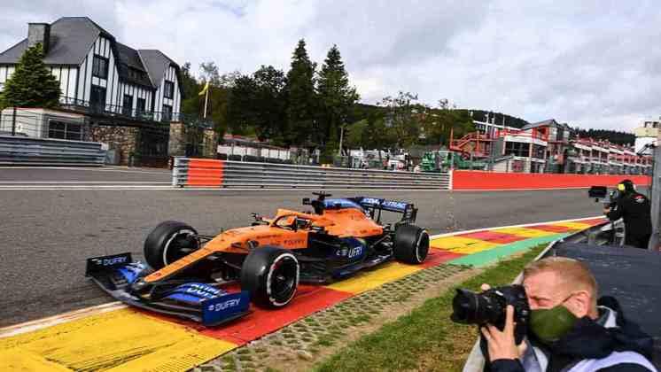 Carlos Sainz foi o nono mais rápido do dia em Spa-Francorchamps