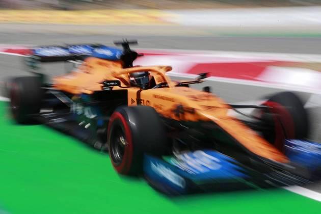 Carlos Sainz Jr. fechou o dia em uma boa sétima posição