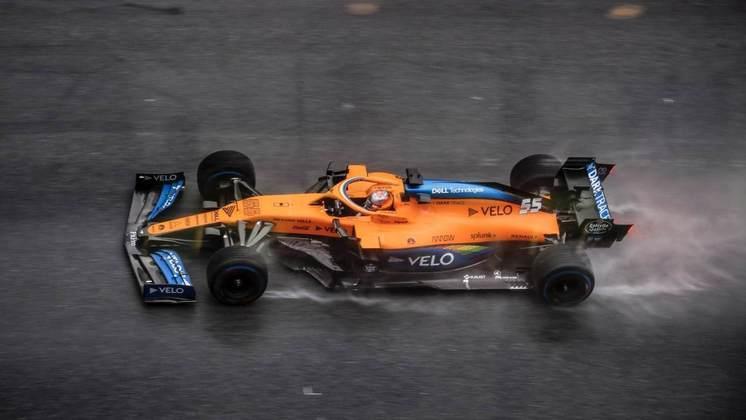Carlos Sainz Jr. fez sua melhor volta em 1min20s671