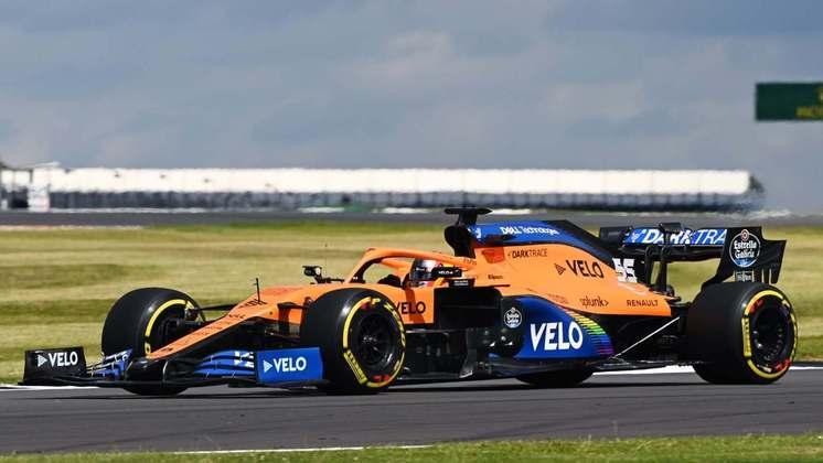 Carlos Sainz Jr. parte na sétima posição do grid