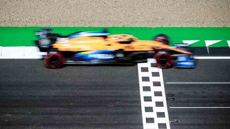 Carlos Sainz marcou 1min26s918 e ficou com a nona posição