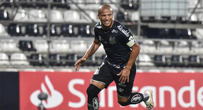 Santos quer renovar contrato com Sánchez. Acordo vai até julho deste ano