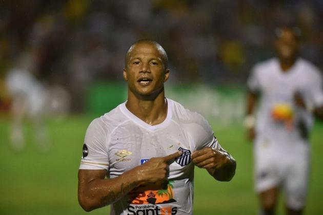 Carlos Sánchez — Considerado um dos principais jogadores do Santos, o meia uruguaio tem contrato até 22/7/2021. Seu valor de mercado é de 2 milhões de euros (cerca de onze milhões de reais)