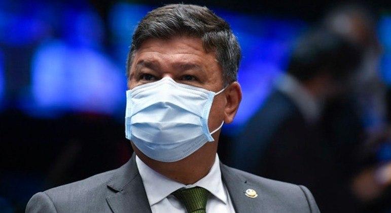 Senador Carlos Viana (PSD-MG) ficou internado por seis dias em hospital de Brasília