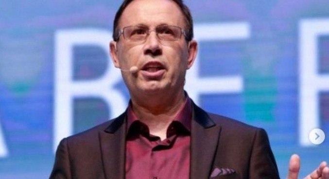 O empresário Carlos Wizard, que faltou ao depoimento marcado na CPI