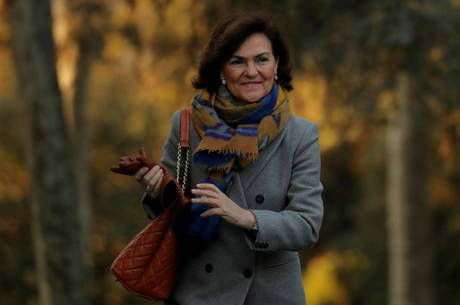 Primeira vice-presidente espanhola está infectada