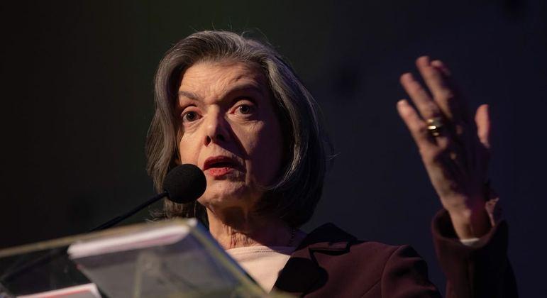 Ministra concede liminar que assegura a Tolentino direito de não produzir provas contra si