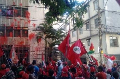 Ninguém foi detido pelo ataque ao prédio da ministra