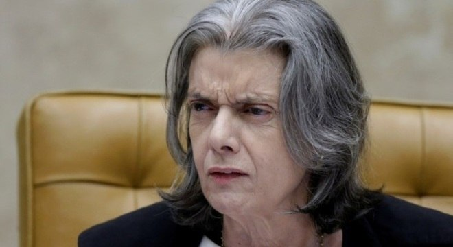 Cármen Lúcia disse esperar prudência dos demais ministros