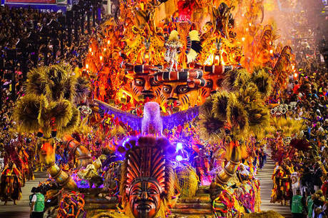 Desfiles estavam marcados para 14 e 15 de fevereiro