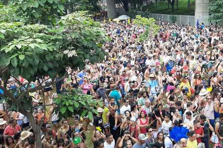 Carnaval continua nesta quarta em BH