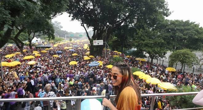 Apresentação do Bloco da Cantora Anitta na região do Parque do Ibirapuera