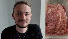 Moda bizarra da web: jovem come carne podre para ficar drogado