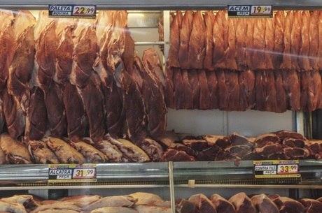 Carnes ficaram mais baratas ao consumidor