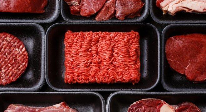 A carne vermelha possui, por outro lado, uma grande quantidade de nutrientes