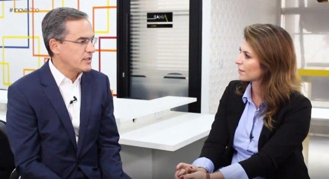 Carol Paiffer, da ATOM, entrevista Ricardo Mattos, da Vetor Editora