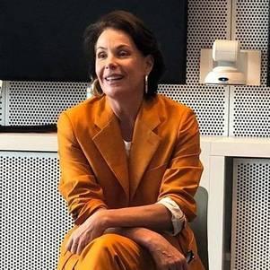 """Carolina Ferraz falou com a Xuxa para o """"Domingo Espetacular"""""""