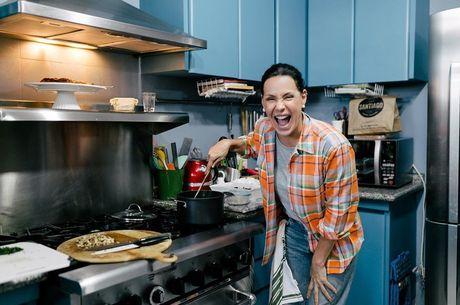 Cozinhar é uma das paixões da artista