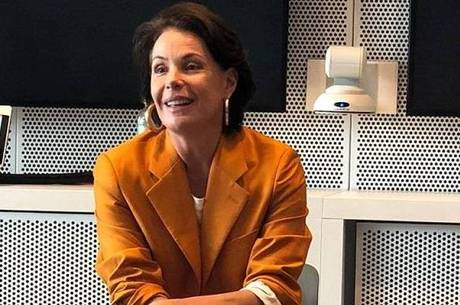 """Carolina Ferraz, no """"Domingo Espetacular"""" e na culinária"""