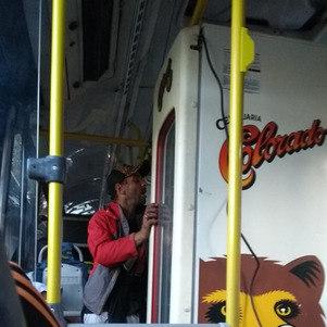 Geladeira foi levada em ônibus