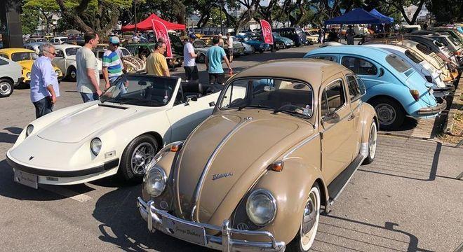 Carros antigos: movimento que cresce a cada ano no país como nos eventos do Auto Show