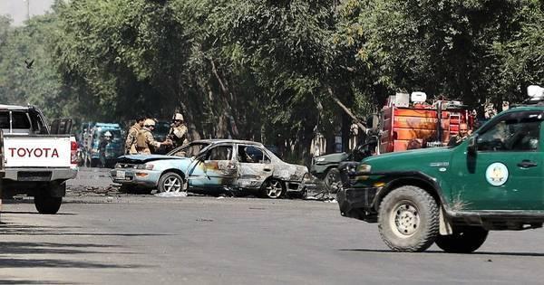 Carro-bomba perto da Universidade de Cabul deixa 4 mortos e 16 feridos