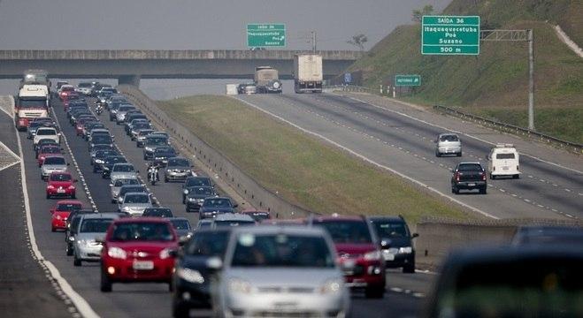 Tráfego nas rodovias ainda pode continuar grande na tarde da sexta (15)