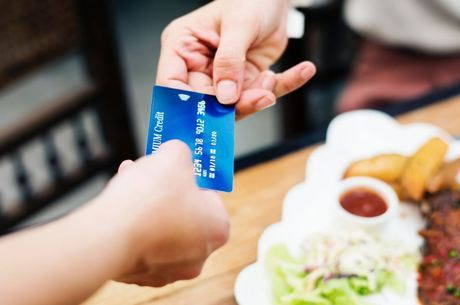 Cartão de crédito preocupa 45,5% dos consumidores