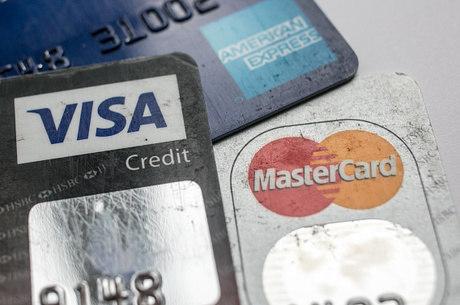 03e6fab179 Juros do cartão de crédito rotativo estão mais altos - Notícias - R7 ...