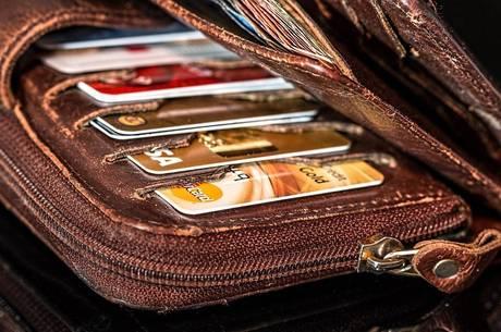 cartão de crédito, crédito, cadastro positivo, dívida, inadimplência