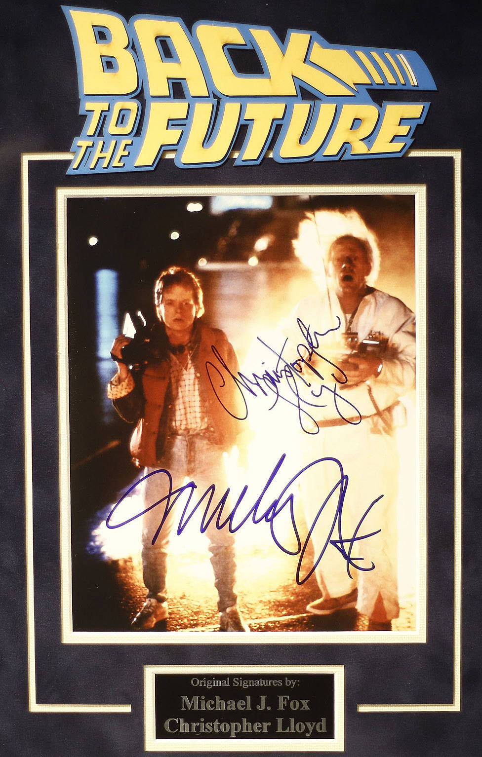 """""""De Volta Para o Futuro"""" é um dos filmes que brincam com viagem no tempo, ainda que teoricamente não seja possível se viajar ao passado e só ao futuro"""