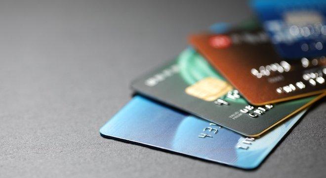 Mesmo após determinação do STF, parte relevante dos gastos da Presidência e da vice-presidência com cartões corporativos continuam sob sigilo