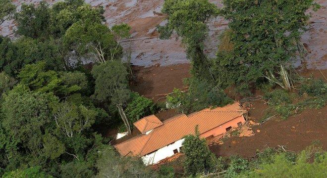'A tragédia em Brumadinho estará, certamente, no topo dos maiores desastres com rompimento de barragem de minério do mundo. Infelizmente, é possível que ultrapasse Stava que foi a maior tragédia do tipo nos últimos 34 anos', diz Alex Souza, um dos autores do relatório da ONU