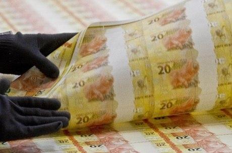 Governo prevê queda de 4,7% no PIB deste ano