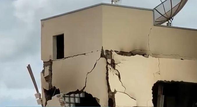 Após explosão provocada por homem, prédio fica condenado, diz Defesa Civil