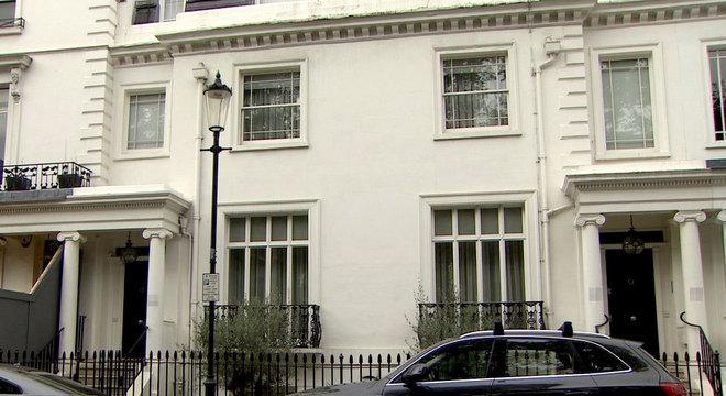 O casal do Azerbaijão também comprou uma enorme propriedade em Londres