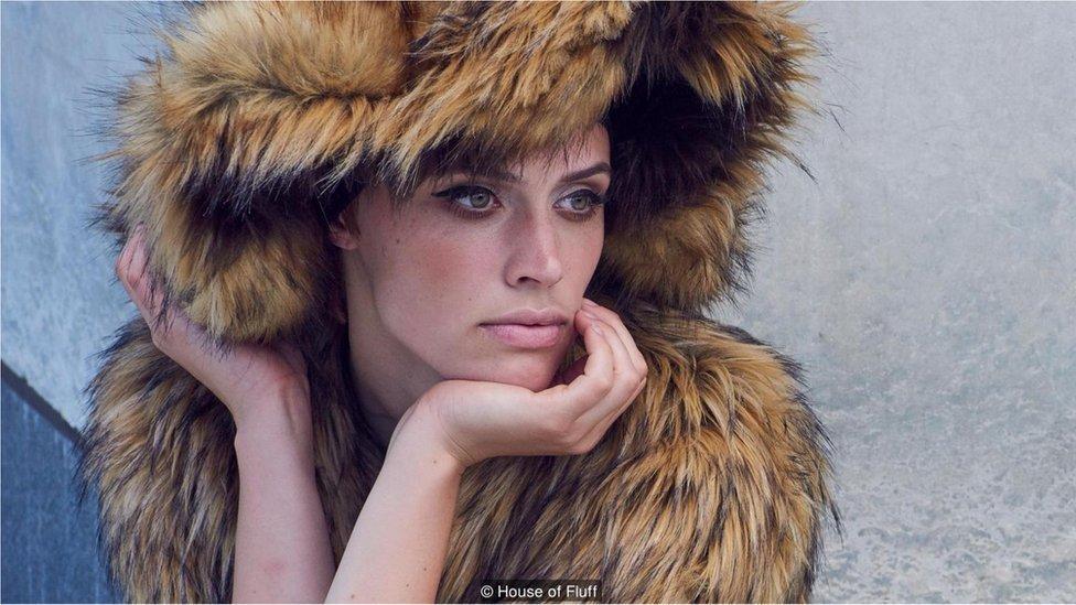 c887f119b Casacos de pele estão com os dias contados na moda internacional  - R7 Meu  Estilo - R7 Moda