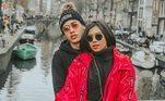 Kevinho e Flávia Pavanelli viveram uma história de amor repleta de declarações nas redes sociais. Entretanto, em 2018, os fãs foram surpreendidos por duas separações em menos de um ano. Hoje, o funkeiro namora a modeloGabriela Versiani, enquanto Flávia está comJunior Mendonza