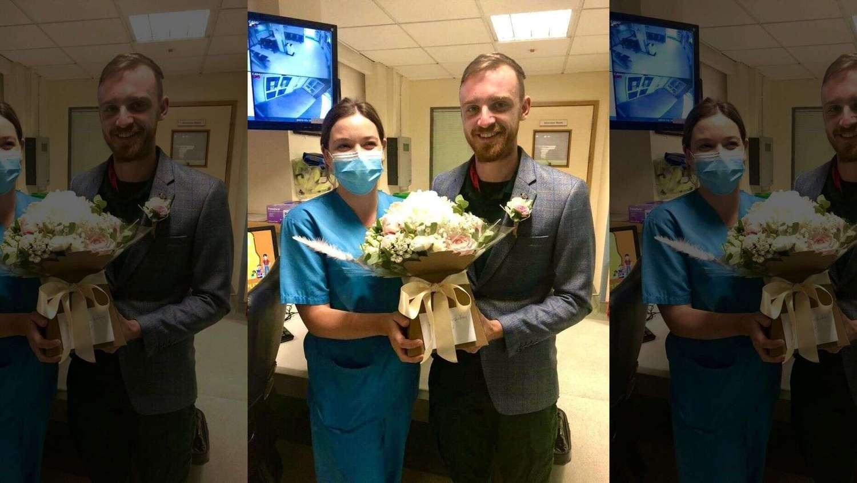 Nathan Judge e Charlotte Medcalf celebraram o que seria a data do casamento